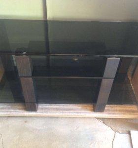 Стол под телевизор