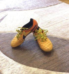 Бутсы Nike Tempo