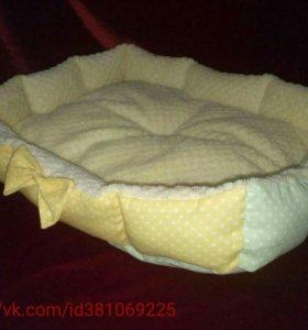 Лежак лежанка для кошек и мелких пород собак