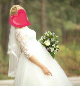 Свадебное платье с укороченным корсетом