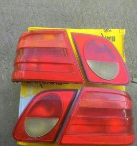 Мерседес Е 210 задние фонари