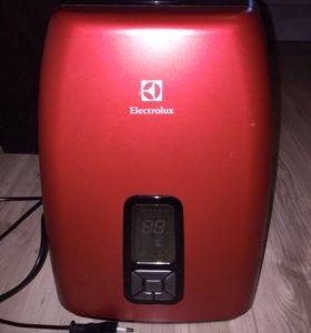 Увлажнитель воздуха Electrolux