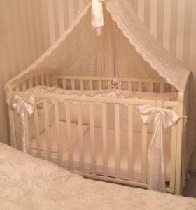 Кроватка ERBESI с матрасом ортоп+детская одежда