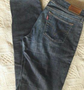 Levi's джинсы 30/34
