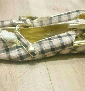 Новые туфли / босоножки