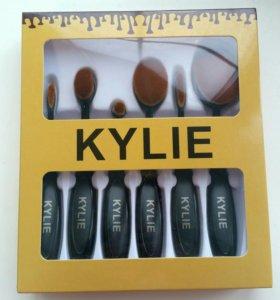 Кисти для макияжа Kylie