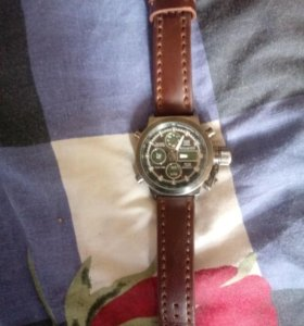 Продаю Часы (классика)