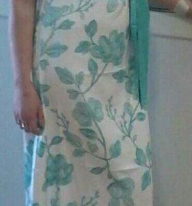 Продам два платья 46р каждое платье