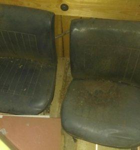 Сиденья передние ВАЗ2101