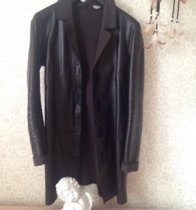 Zara кожаный тренч 40 размер