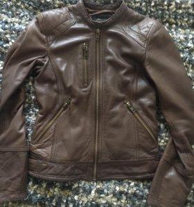 Кожаная куртка P&B