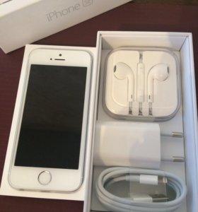 iPhone SE 64Gb Silver новый