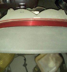 Стоп сигнал Toyota Cresta GX-90