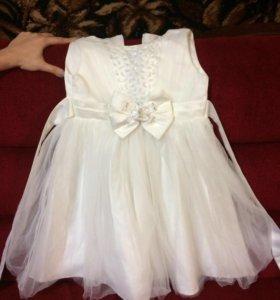Нарядное платье на рост 110- 116 в хорошем сос