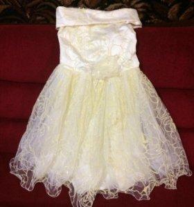 Продаётся платье в хорошем состоянии 110-116