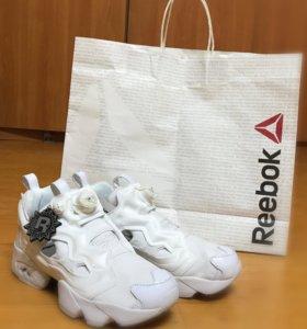 Reebok Insta pump