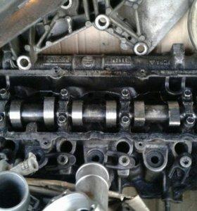 Рено двигатель к9к (дэлфи) Головка грм