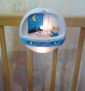 Светильник на детскую кровать