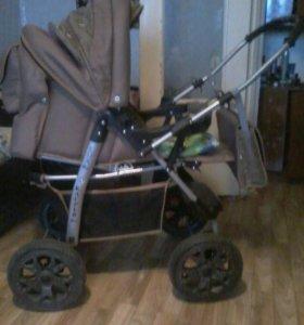 Детская коляска 3в 1