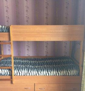 Кровать, шкафы