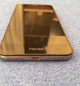 Телефон:honor5A