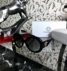 Солнцезащитные очки Versace MOD 4298