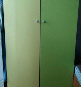Шкаф для детской, плательный.