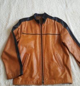 Кожаная куртка. 50-52 размер.