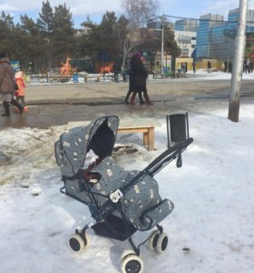 детская коляска + подарок автолюлька