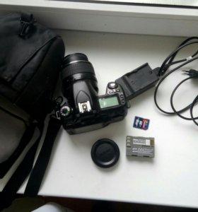 Продаю зеркальный фотоаппарат Nikon D80
