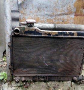 Радиатор на 2101-07.