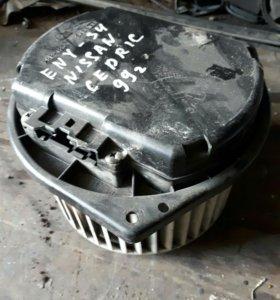 NISSAN CEDRIC ENY-34 мотор печки