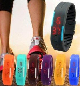 Электронные часы-браслет