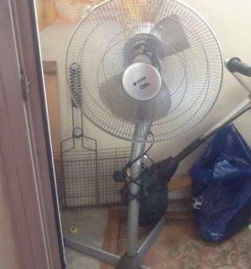 Вентилятор Vitek на запчасти рабочий!