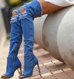 Стильные качественные ботфорты джинсовые