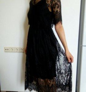 Кружевная накидка с платьем-сорочкой