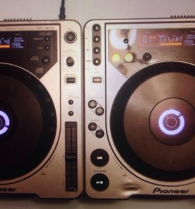 Pioneer CDJ 800 пара
