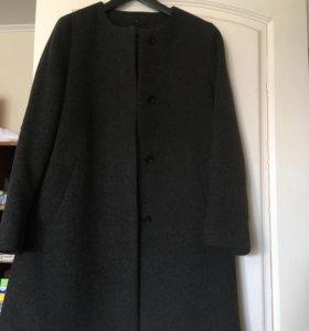 Пальто драповое Uniqlo