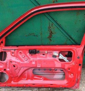 Дверь (3-х)правая Nissan Sunny b-14 90--->