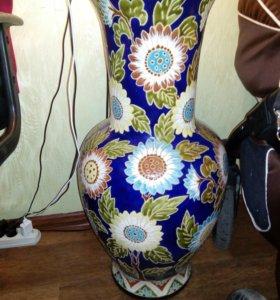 Винтажная напольная ваза