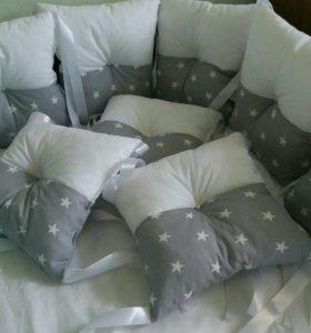 Недорого!!!Бортики в детскую кроватку