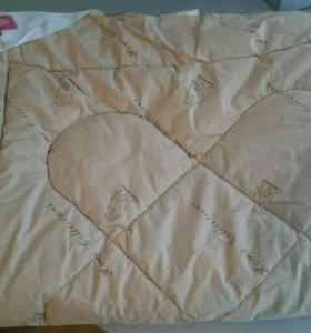 Одеяло для детской кроватки.