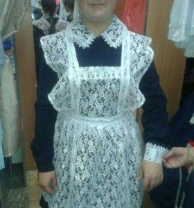 Платье + белый и черный фартук