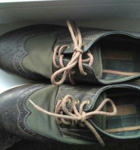 Ботинки,туфли, кроссовки