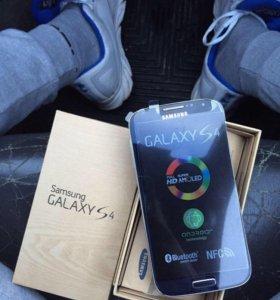 Samsung galaxy S4.9505 LTE.