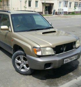 Subaru форестр 2001 г