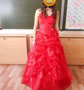 Красивое платья  46р 😍😍😍