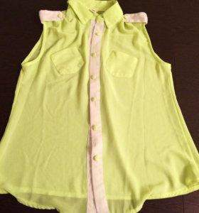 Новая блузка яркого цвета, размер 44-46