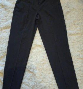 Новые брюки Манго
