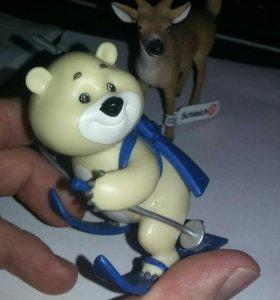 Олимпийский мишка Лыжник Сочи 2014